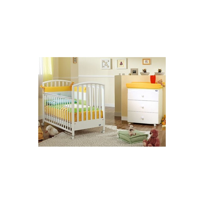 Bedroom With Bed Ciak Love Pali Baby Changing Table