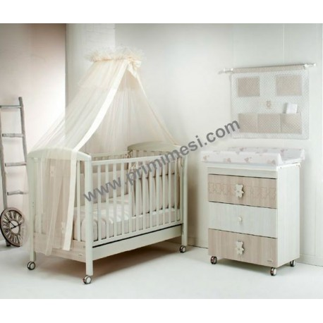 Teddy Love Foppapedretti bedroom with baby changing mat and cot - mattress and container for free diapers