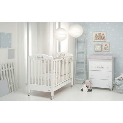 Felicity Foppapedretti cot and baby bath / changing table with free mattress