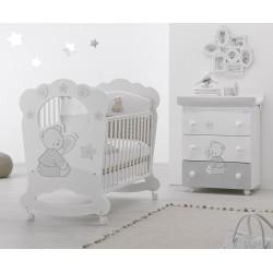 Schlafzimmer mit Kinderbett Oblò und Babywanne Cuore Stelle Azzurra Design - freie Matratze