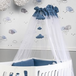 Mosquito net with space Picci